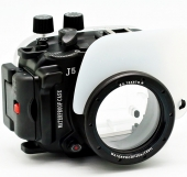 Aquabox for shooting underwater on Nikon 1 J5 (10-30mm)